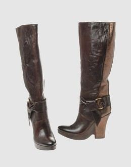 VIC MATIE' Women - Footwear - Boots VIC MATIE' on YOOX :  leather women accessories boots