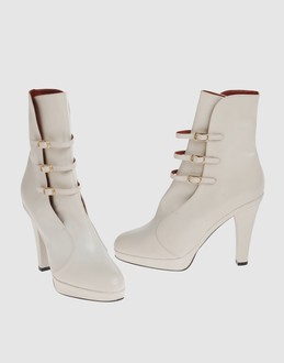 Marc jacobs Women - Footwear - Ankle boots Marc jacobs on YOOX :  platform leather white ankle boots