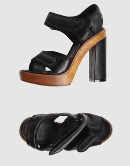 Chloe' Women - Footwear - High-heeled sandals Chloe' on YOOX :  black chunky heels chloe sandals