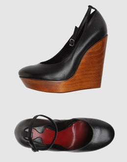 Chloe' Women - Footwear - Wedge Chloe' on YOOX