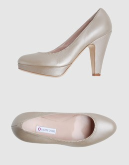 L' autre chose Women - Footwear - Closed-toe slip-ons L' autre chose on YOOX :  pearl laminated pumps leather